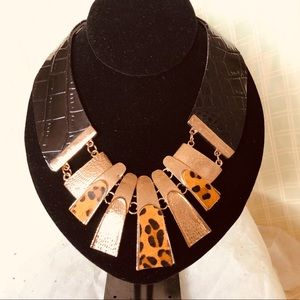 Jewelry - Faux leather animal print statement necklace